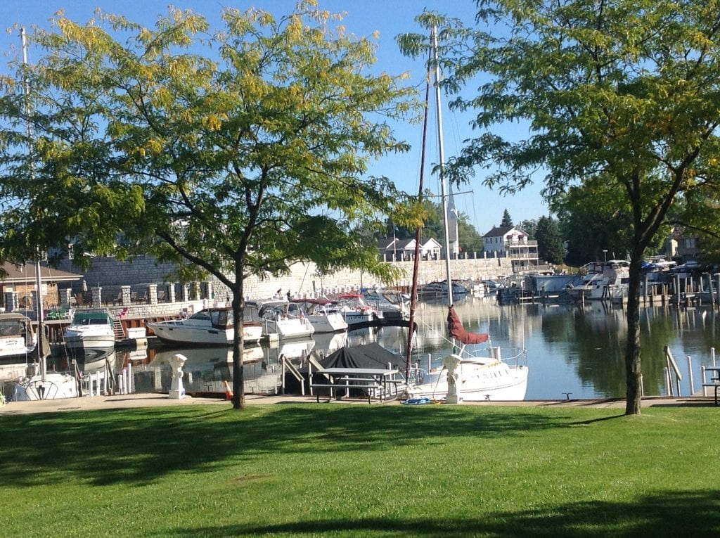 Mariners Cove Marina - Caseville Harbor in the Fall
